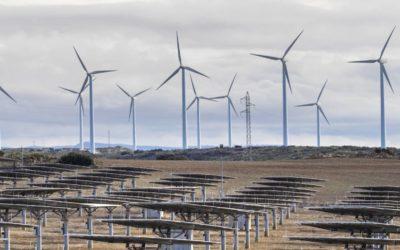 El Gobierno tramita dos reales decretos para activar el despliegue de las renovables